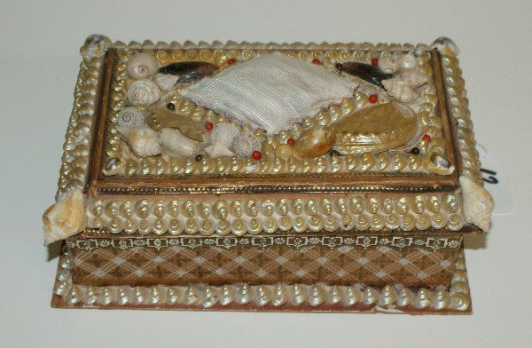 """Shell form covered box. H:3"""" L:8"""" D:5.25"""""""