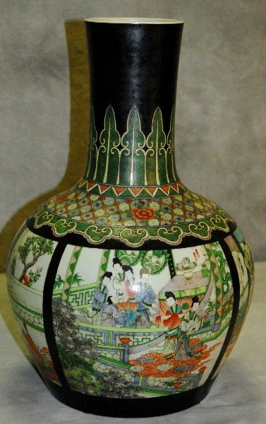 Antique  Chinese famille verte porcelain vase with red