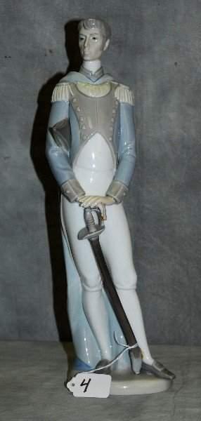 "Lladro porcelain figure of soldier. H:15"""