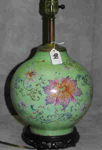 Chinese 18th/19th C porcelain vase mounted as a table