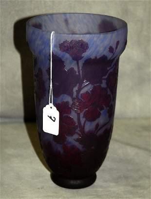 "Art glass vase signed Daum Nancy. H:9.5"""