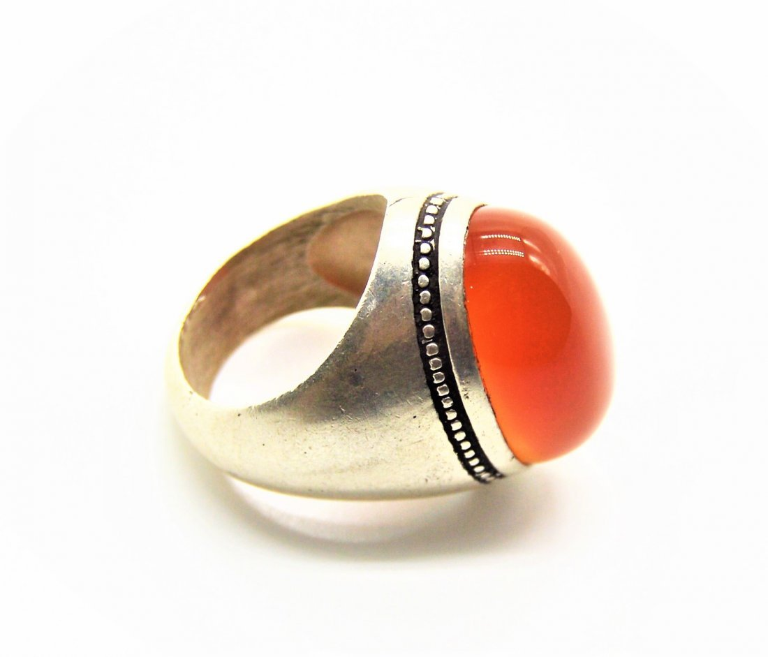 A Yemani/Persian Natural Large Haqeeq Silver Ring
