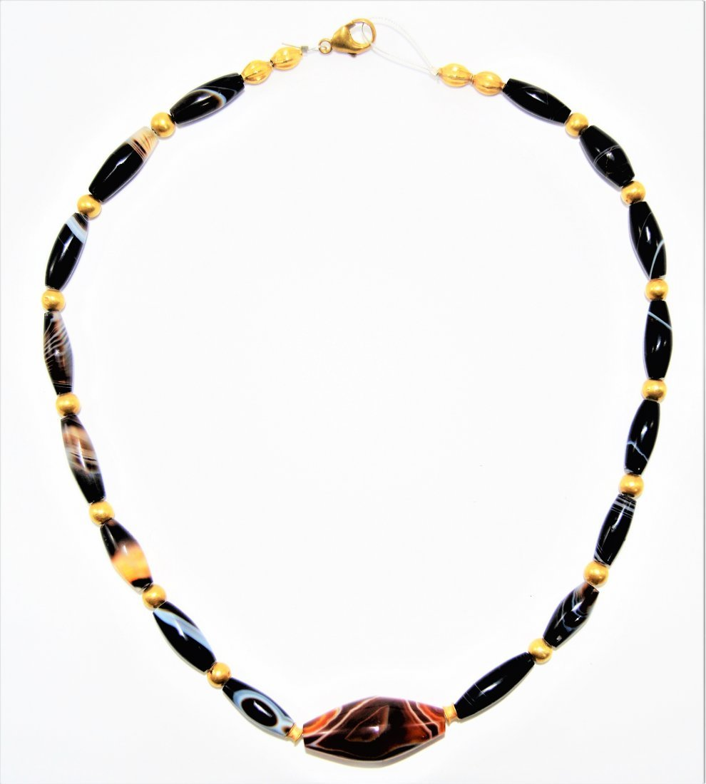 AN IMPORTANT ANCIENT DZI BEADS NECKLACE MUSEUM QUALITY