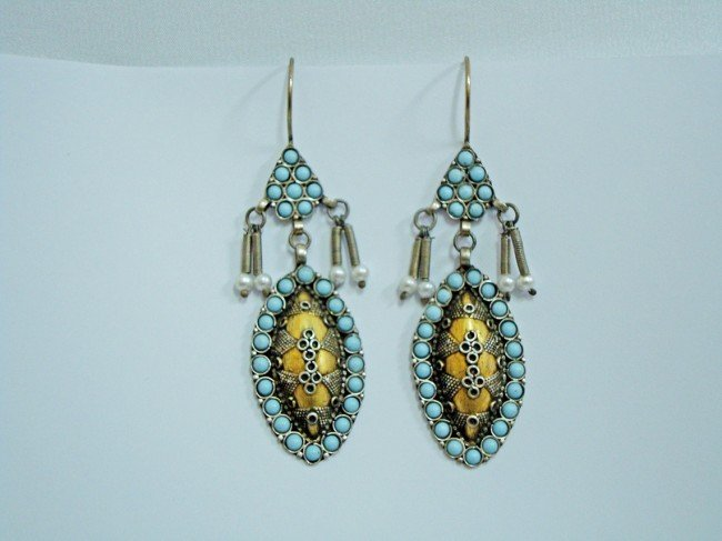 22: A Pair of Bukhara Earing