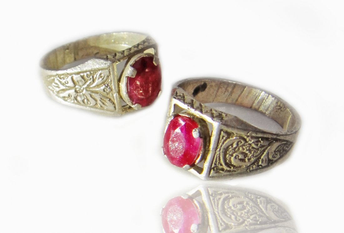 A Pair of Persian Cut Ruby Silver Ring 19th Century