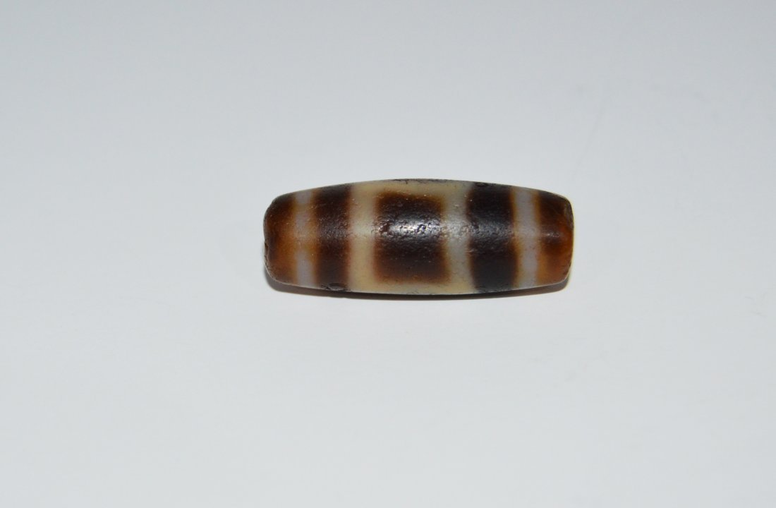 A Highly Important Ancient DZi One Eye Agate Bead - 2