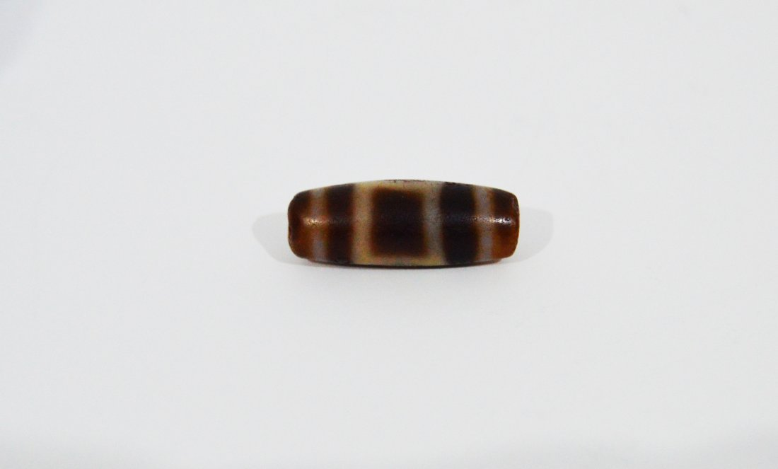 A Highly Important Ancient DZi One Eye Agate Bead - 3