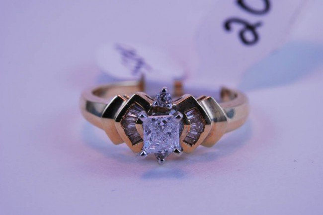 20: Tray#1B 14k  Prnc Ctr Dia Engagement ring .60 CT =/