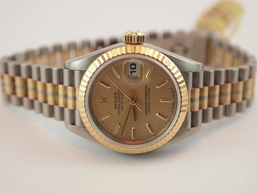 97: 18k Rolex Ladies Tridor Datejust.