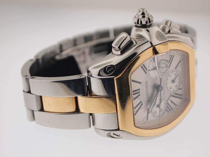 17: Cartier Mens 18k and SS Roadster Chronograph. - 3