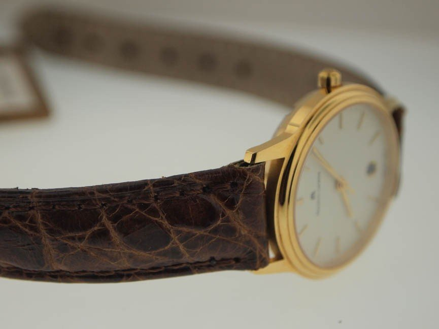 31: Maurice Lacroix Mens 18k Gold Watch. - 2