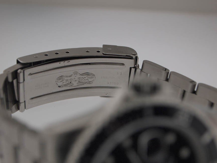 137: Rolex Mens SS Submariner. Date. PAPERS. X Serial. - 6