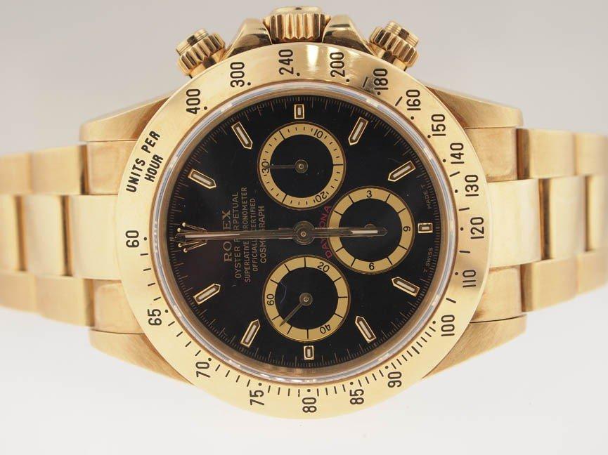 24: Rolex Mens 18k Gold Daytona Chronograph. S Serial.