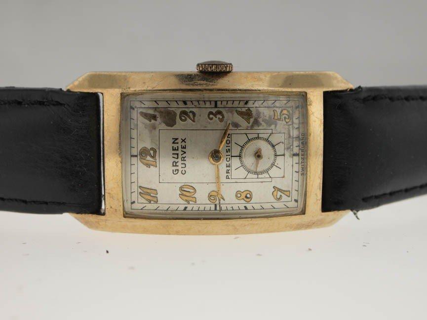 11: Gruen Mens Gold Filled Curvex Precision. Circa 1940