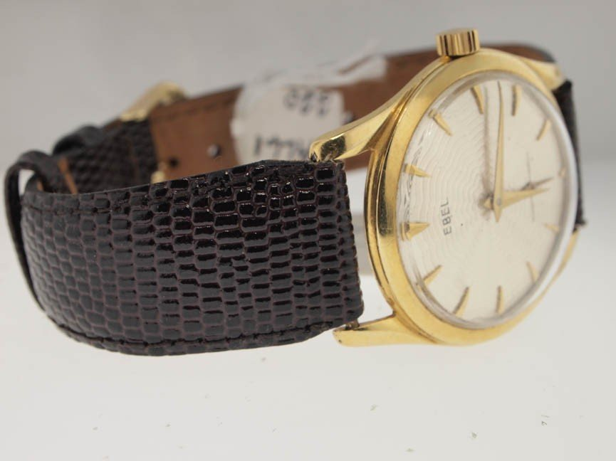 62: Ebel Mens 14k Gold Vintage Watch. Leather Strap. - 2