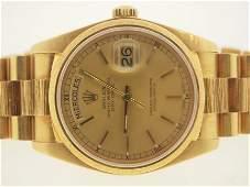 72: Rolex Mens 18k Gold President. Quickset.