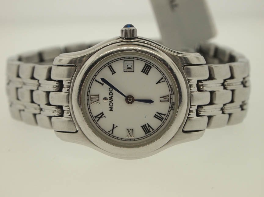 9: Movado Ladies Stainles Steel Watch. White Dial.