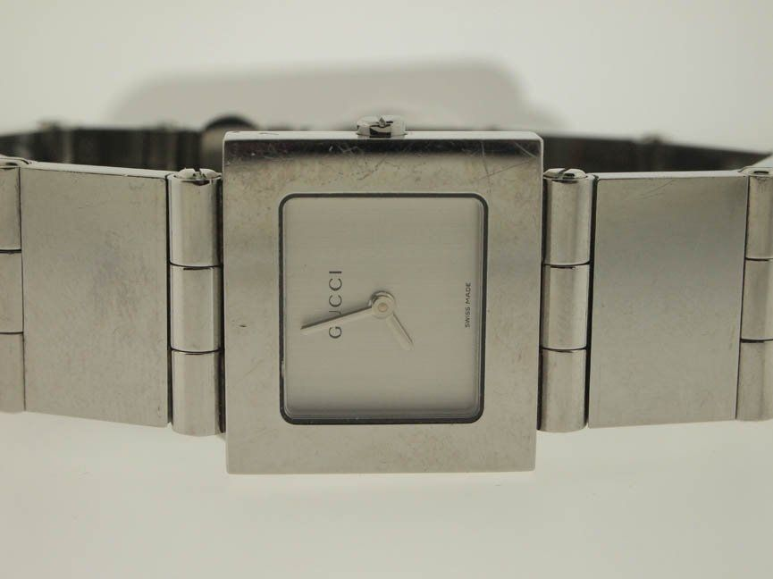 143: Gucci Ladies Stainless Steel Watch.