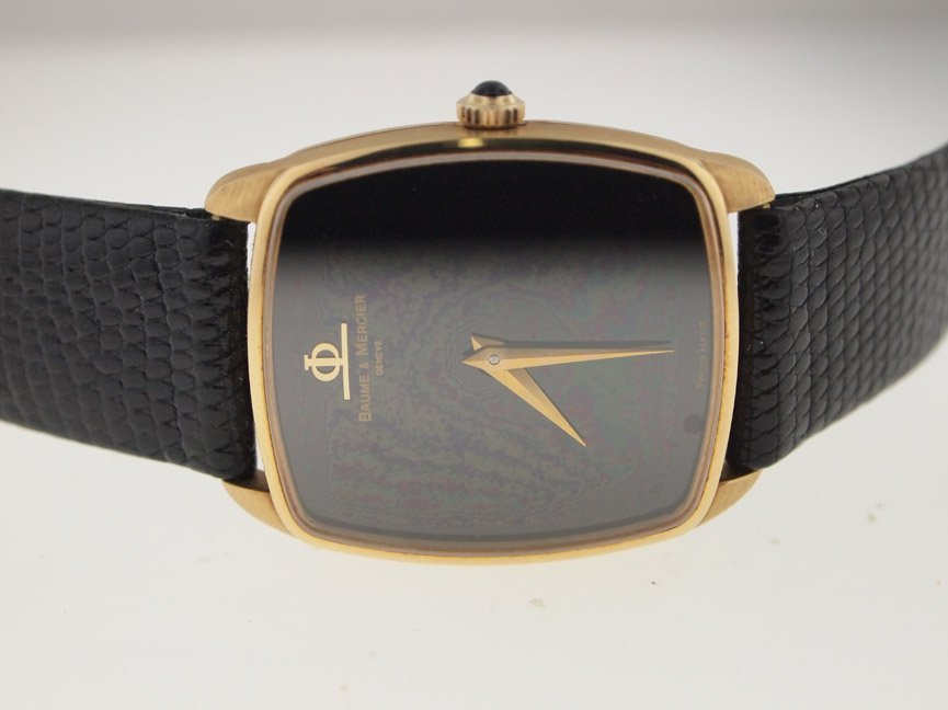 Baume & Mercier Mens 18k Gold Vintage Watch.