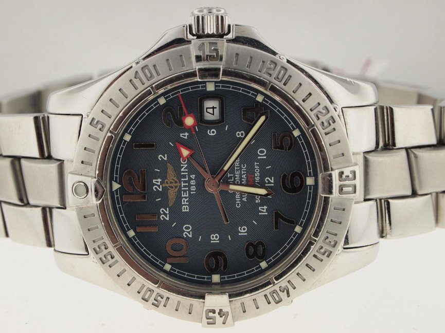 Breitling Mens Colt GMT Automatic. Blue Dial.