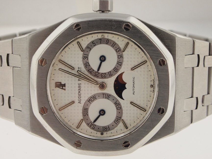 Audemars Piguet Mens SS Calendar Moon Phase Automatic.