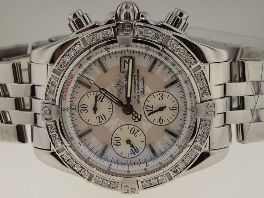 Breitling Mens SS Evoloution Original MOP Dial. Diamond