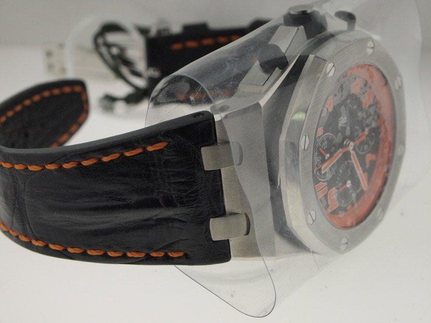 Audemars Piguet Royal Oak Offshore Volcano Chronograph. - 3