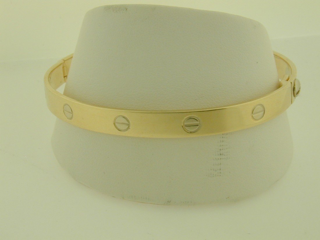 218: Cartier styled screw bangle bracelet