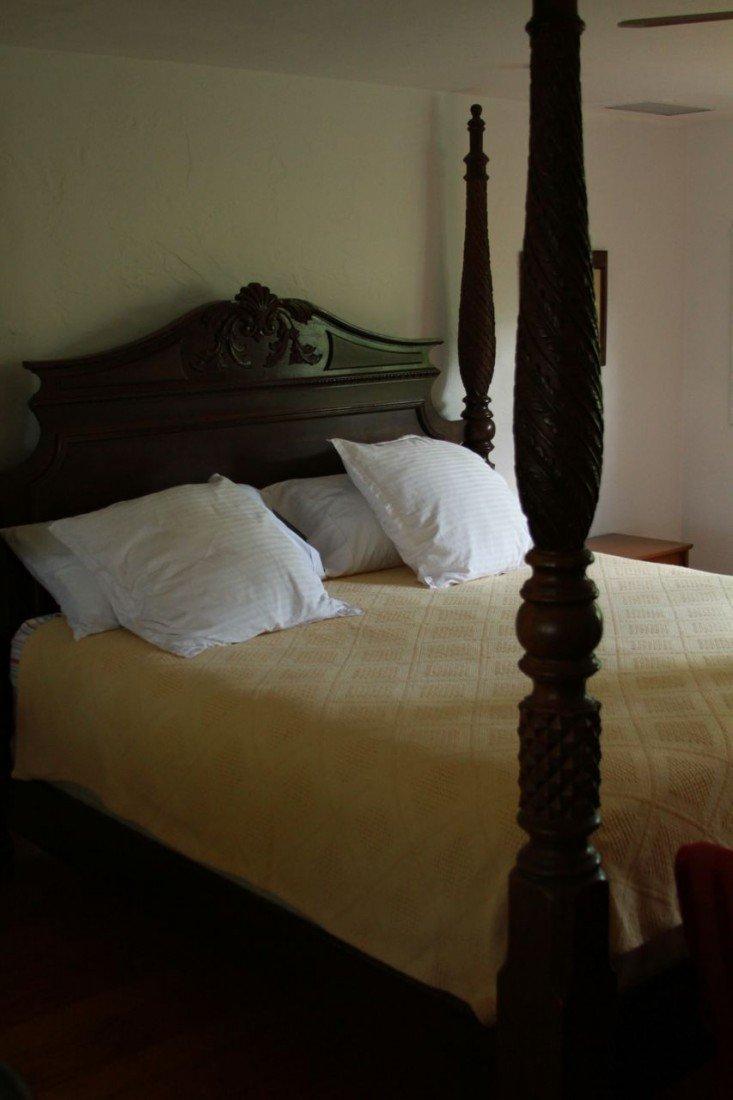 5: Ralph Lauren 4 poster bed