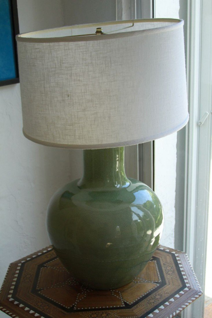 16: Green Lamp with White shade