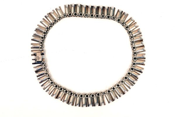 6: Necklace