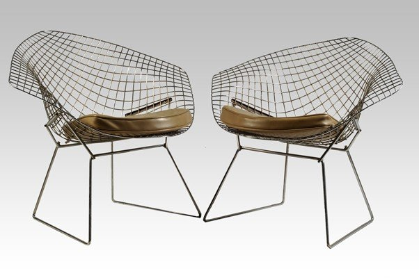 137: Knoll Chairs