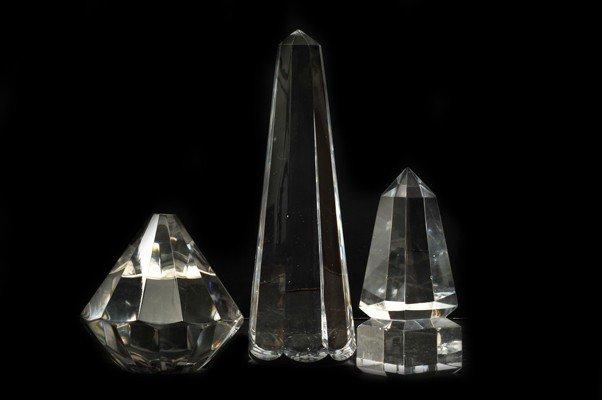 3: Tres figuras geométricas. Elaboradas en cristal face