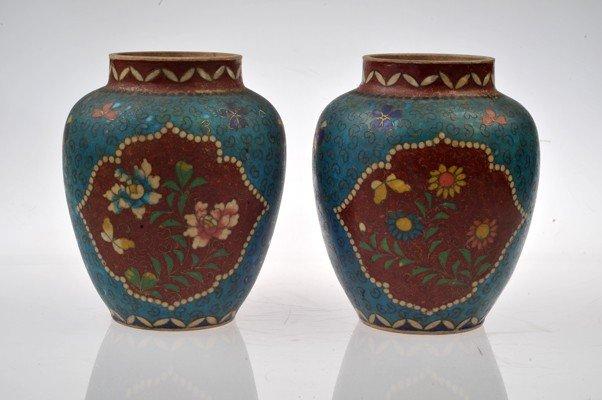 Pair of Vases made in ceramic.