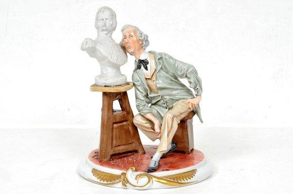 Italian porcelain, Sculptor, 25 cms height