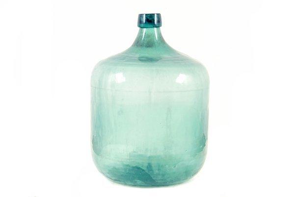 Bidón para vino. Elaborado en vidrio soplado.