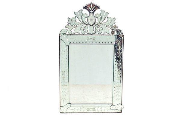 Espejo. Estilo Veneciano. Con luna rectangular