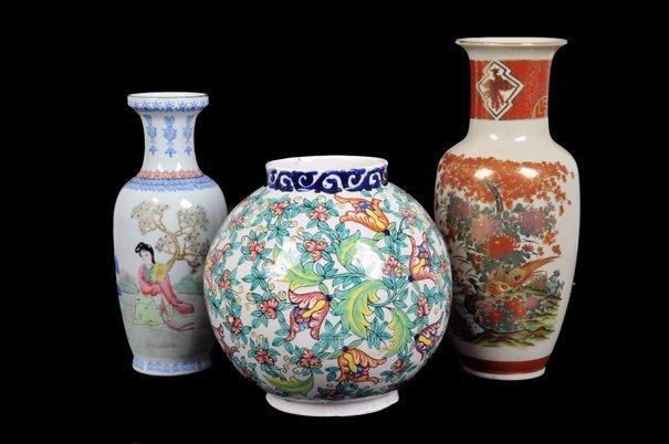 Lote de jarrones. Elaborados en cerámica y porcelana