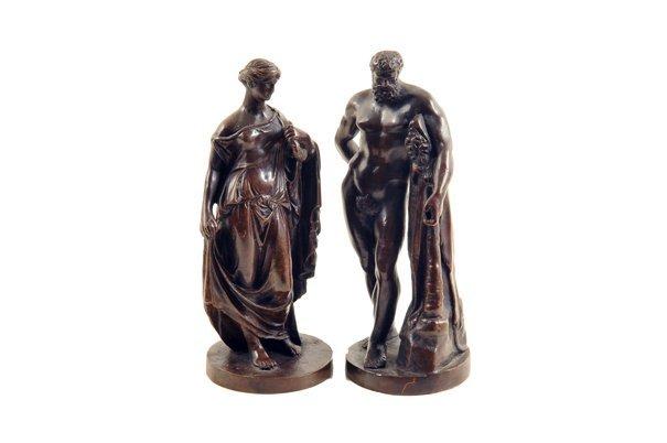 Lote de figuras decorativas. Fundiciones en bronce