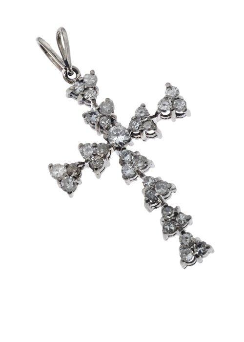 CRUZ EN PLATA PALADIO CON DIAMANTES. 31 Diamantes corte