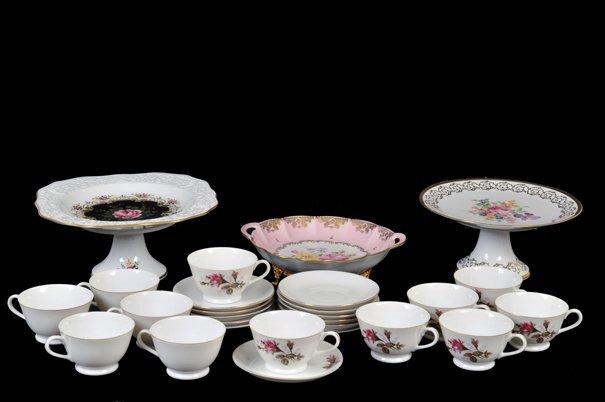 Lote de artículos de porcelana. Origen alemán, francés