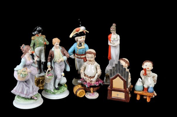 Lote de figuras decorativas. Origen mexicano e