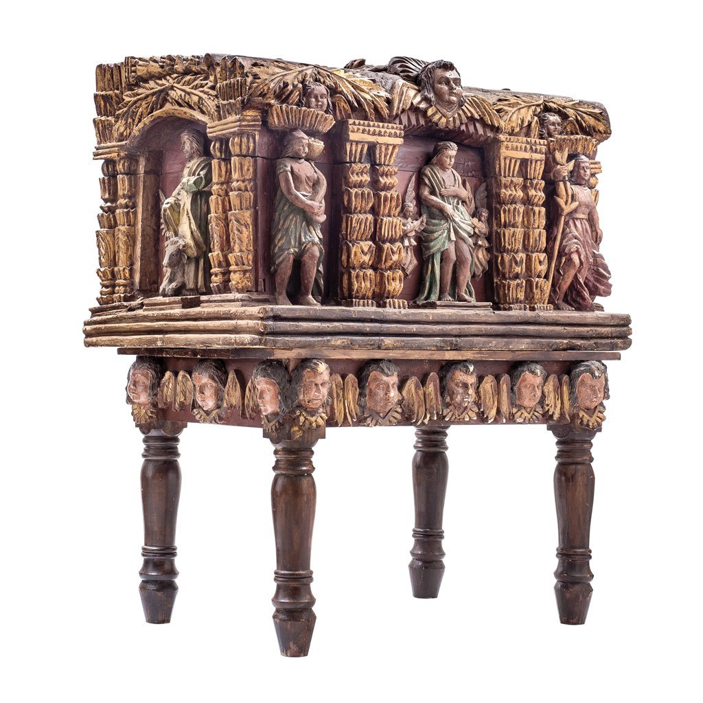 WOODEN CHEST WITH THE FOUR EVENGELISTS, ANGELS AND