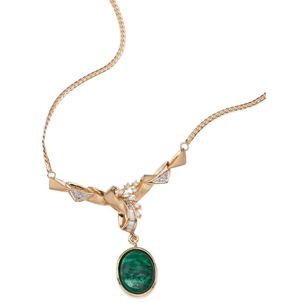 An 18K yellow gold choker with 1 emerald ~10.0 carats
