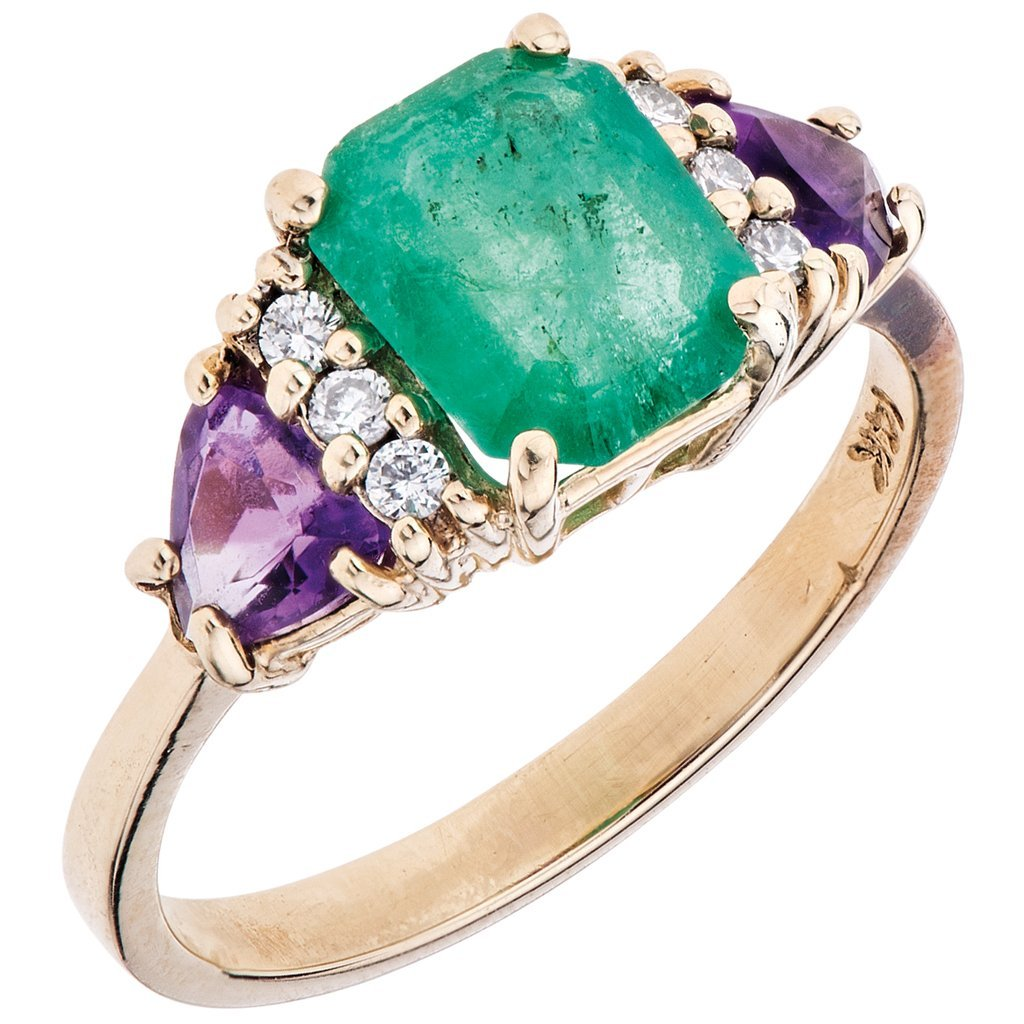 A 14K yellow gold ring with 1 emerald ~1.56 carats, 2
