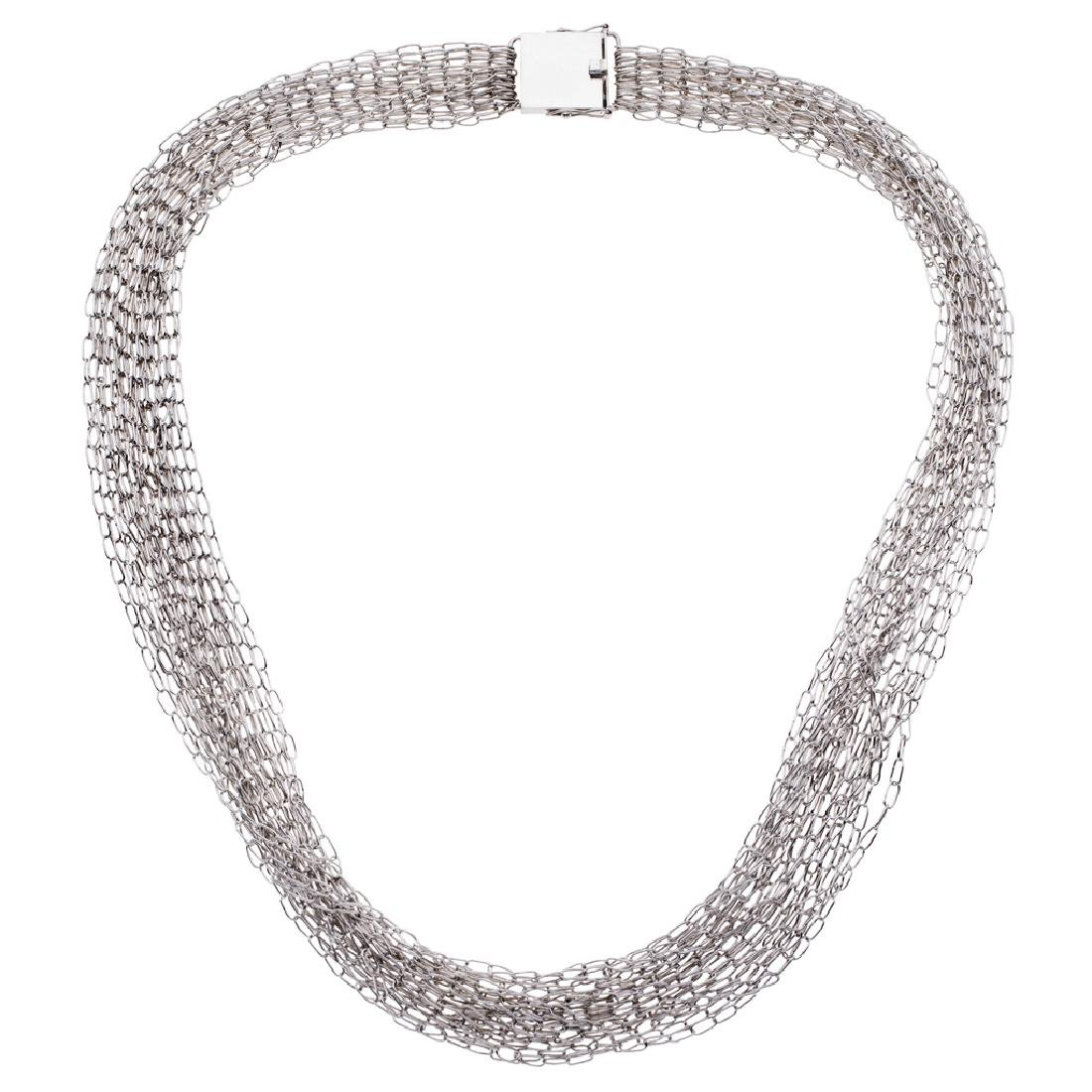 A sterling silver necklace. Weight: 125.5 g.