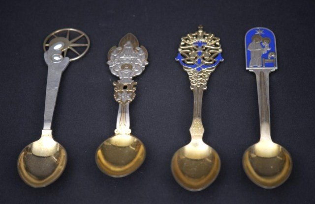 7: 15 Danish SS Commemorative Spoons and Forks - 4