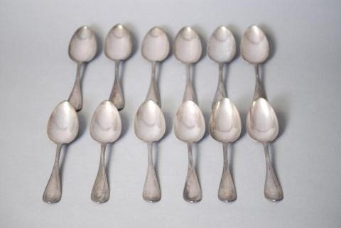 6: 12 ENGLISH HALLMARKED SS SERVING SPOONS