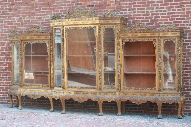 100: MONUMENTAL ANTIQUE CHINESE DISPLAY CABINET