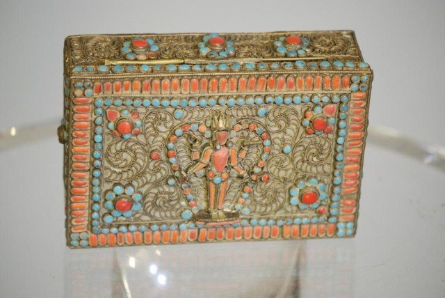 15: ANTIQUE CHINESE CORAL & TURQUOISE MOUNTED BOX